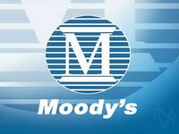 Moody's Raises Guidance, But Shares Fall